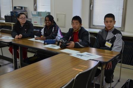 さいたま市立大谷口中と白幡中の1年生7人が、職場体験で朝日新聞さいたま総局に来てくれました。きのうのツイートはこの7人がお送りしました。(各) #職場体験 #大谷口中 #白幡中