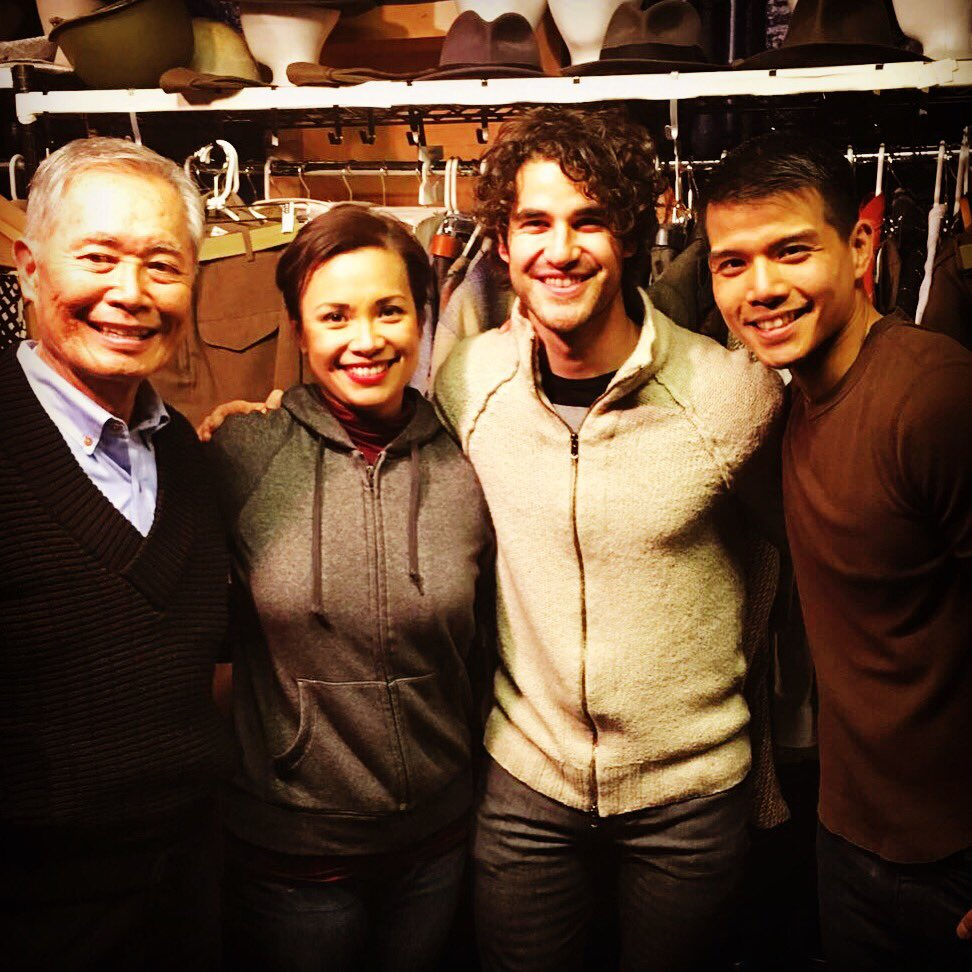 Big thanks to my @GLEEonFOX mate @DarrenCriss for cheering us on in @allegiancebway tonight! #ohyeah #warblewarble https://t.co/9o8BLTB9M4