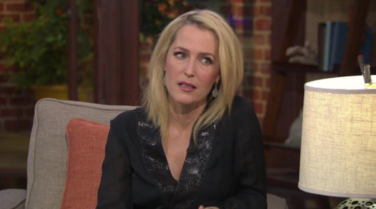 The moment Gillian got asked if her and David were together on national television https://t.co/d53lrBpwVL