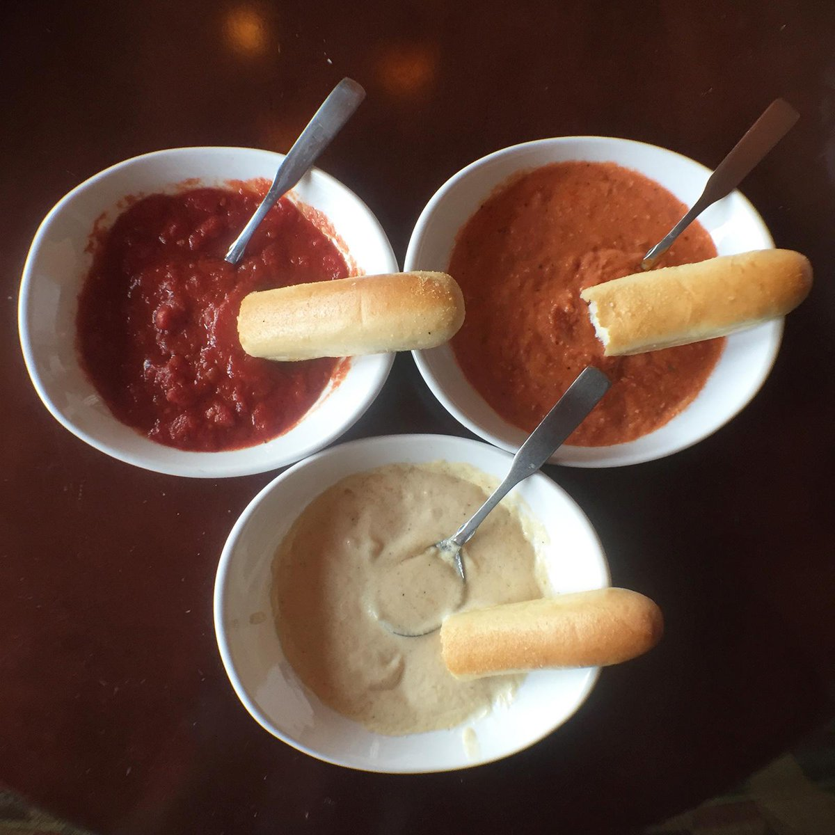Olive Garden On Twitter Marinara Alfredo Or Five Cheese Marinara What 39 S Your Fav Breadstick
