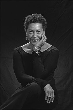 Carrie Mae Weems wins CAA's 2016 Distinguished Feminist Award https://t.co/PQldP3NORe @jackshainman #CAA2016 https://t.co/pWb4E3mexa
