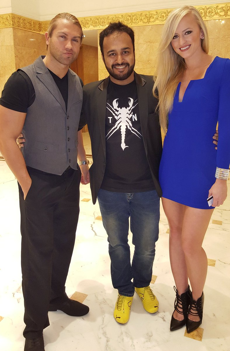 Hey @MmmGorgeous & @RealSummerWWE...awesome meeting the two of you. Enjoy India! https://t.co/Ngn4C0r8IO