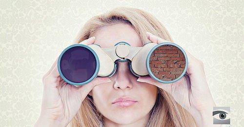 Resultado de imagen para cercare con il binocolo