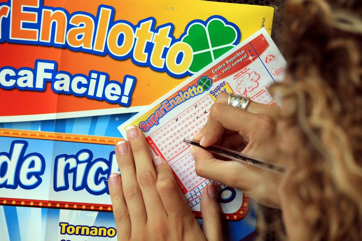 Estrazione Lotto SuperEnalotto giovedì 21 Gennaio 2016, numeri vincenti quote SuperStar Jackpot