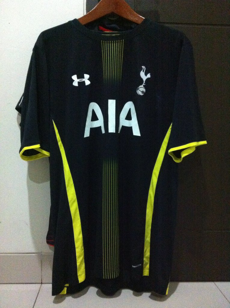 @_OriginalKit Tottenham Hotspur Away 14/15 • MINT • 350k • Size XXL • 087886595971 / 7CD4ED60. #jersey4sale https://t.co/vo9lnXkUsF