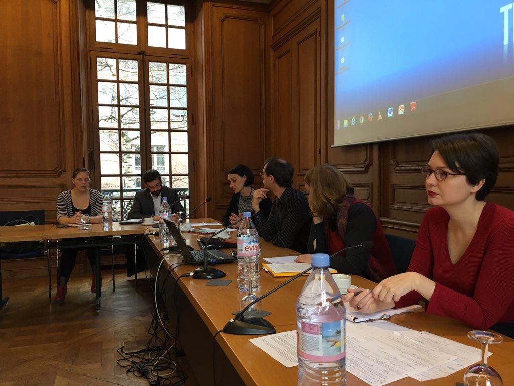 voici notre panel d'aujourd'hui avec @aurelberra et @AnneBaillot #ephn2016 https://t.co/sg4rJ6yfnL