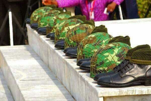 To all the fallen Heroes, God bless y'all Still #ArmedForcesRemembranceDay https://t.co/yC0vDH8MqX