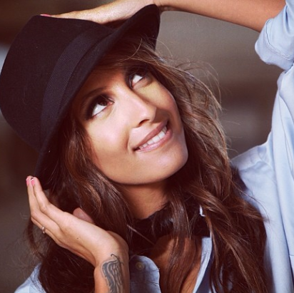 National Hat Day! Celebrate #LaneArmy with @ChristelAdnana she looks fab in a hat!