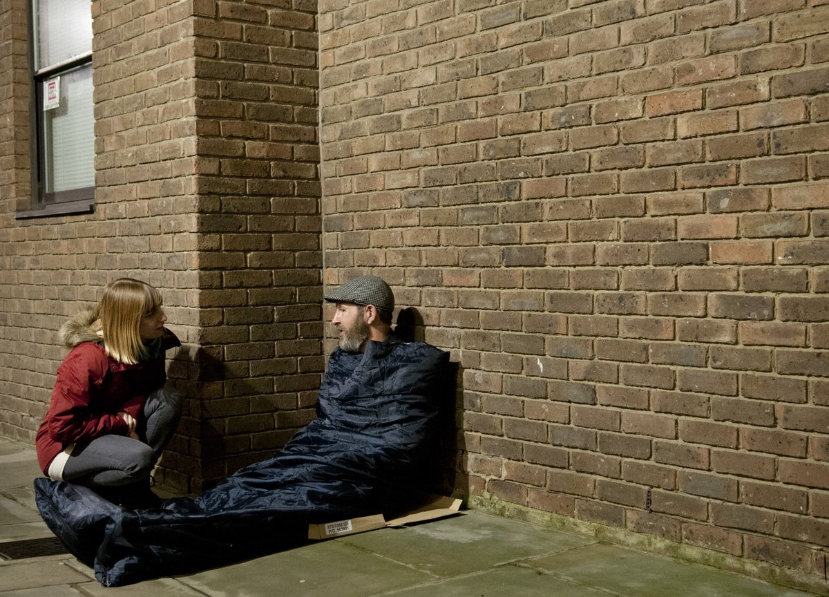 Going out? If you see someone sleeping rough @tell_streetlink on 0300 500 0914 or via web or app https://t.co/s7Z39w4yd2