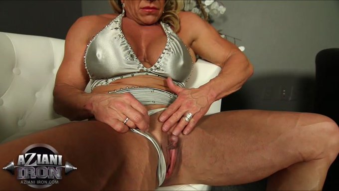 New #Hot #WandaMoore Video Update-https://t.co/0diIid1WJC #muscles #fitness #bigclit #hardnipples https://t