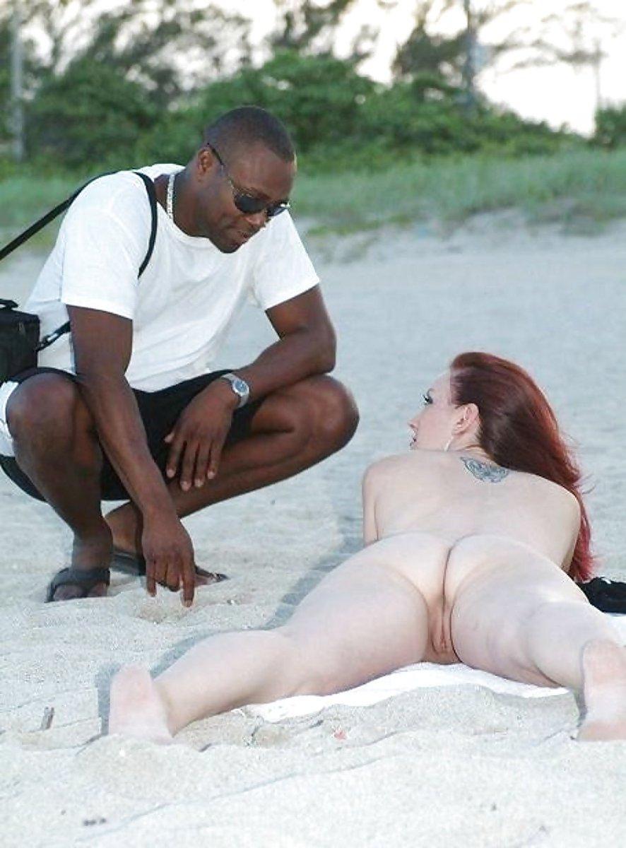 Kiara Mia In A Crimson Swimsuit In South Beach