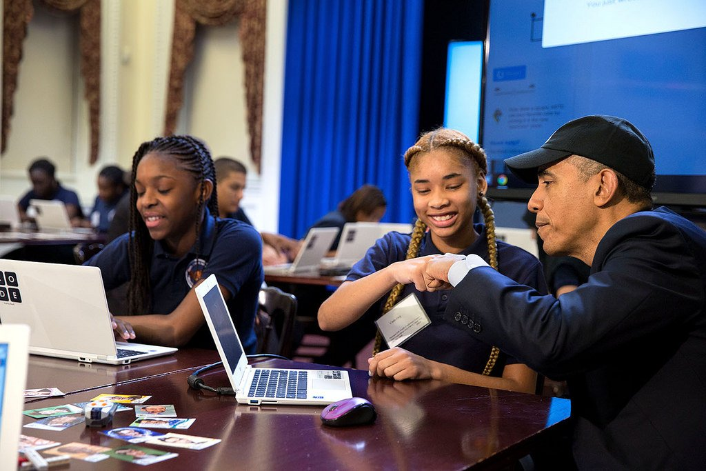 Proud to announce our plan to invest $13M in '16 to support #CSforAll & #STEM ed https://t.co/gGQs7mYb7q @WhiteHouse https://t.co/yQvgbeAEKt