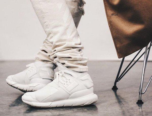 425cdd0542c05 Sneaker Shouts™ on Twitter