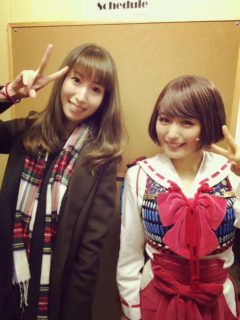 鶴姫の声優の小清水亜美さん♡偶然にも鶴姫としての100回公演のこの日にお会いできて嬉しすぎました!!同い年という事も嬉しかったです♪ありがとうございました! https://t.co/rtZOvM65dy