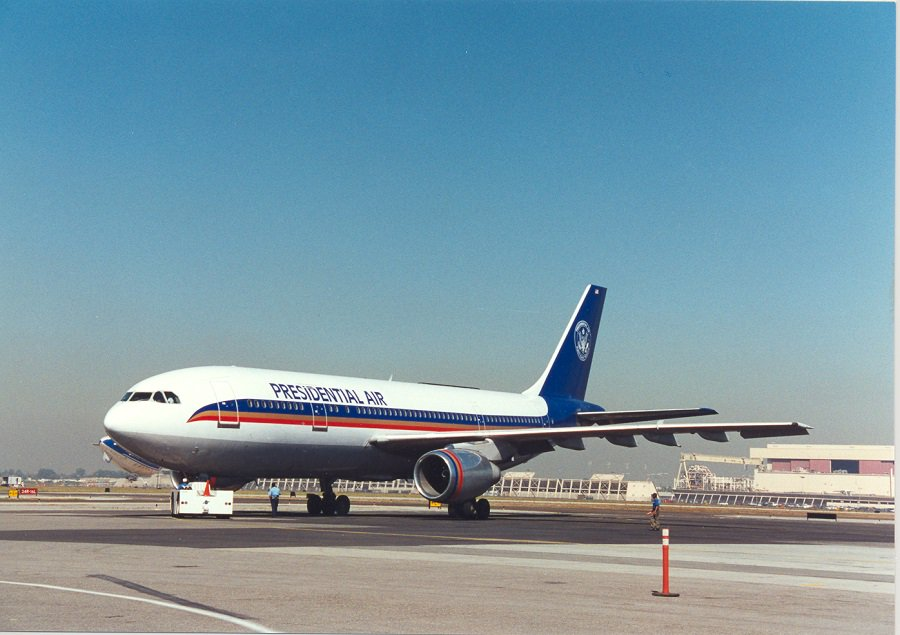 Throwback To Long Beach Based Presidential Air Flying Houston And Atlanta From 1995 1996 Avgeek Tbtpic Twitter Fxyuc29rhy