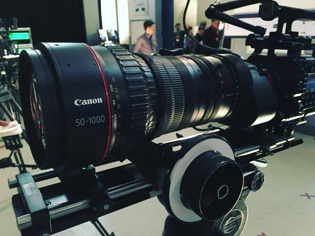 Who wouldn't want to test drive this bad boy? #canon #cinelens https://t.co/ui8SUuWayd https://t.co/1fD3rZhTNj