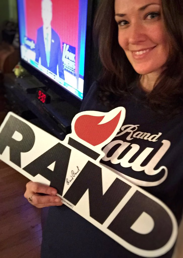 Wheres all my fellow @RandPaul supporters?!?! I know I'm not alone!