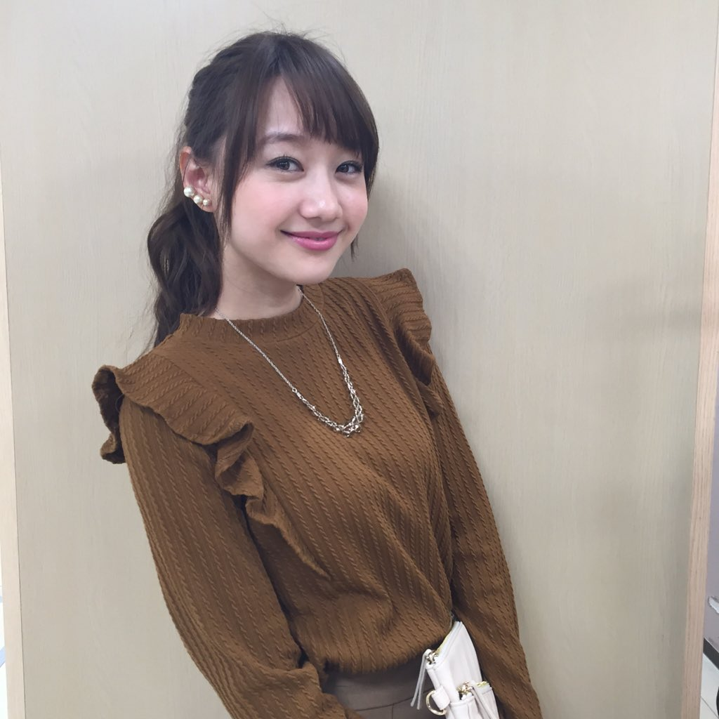 可愛い服の高田秋