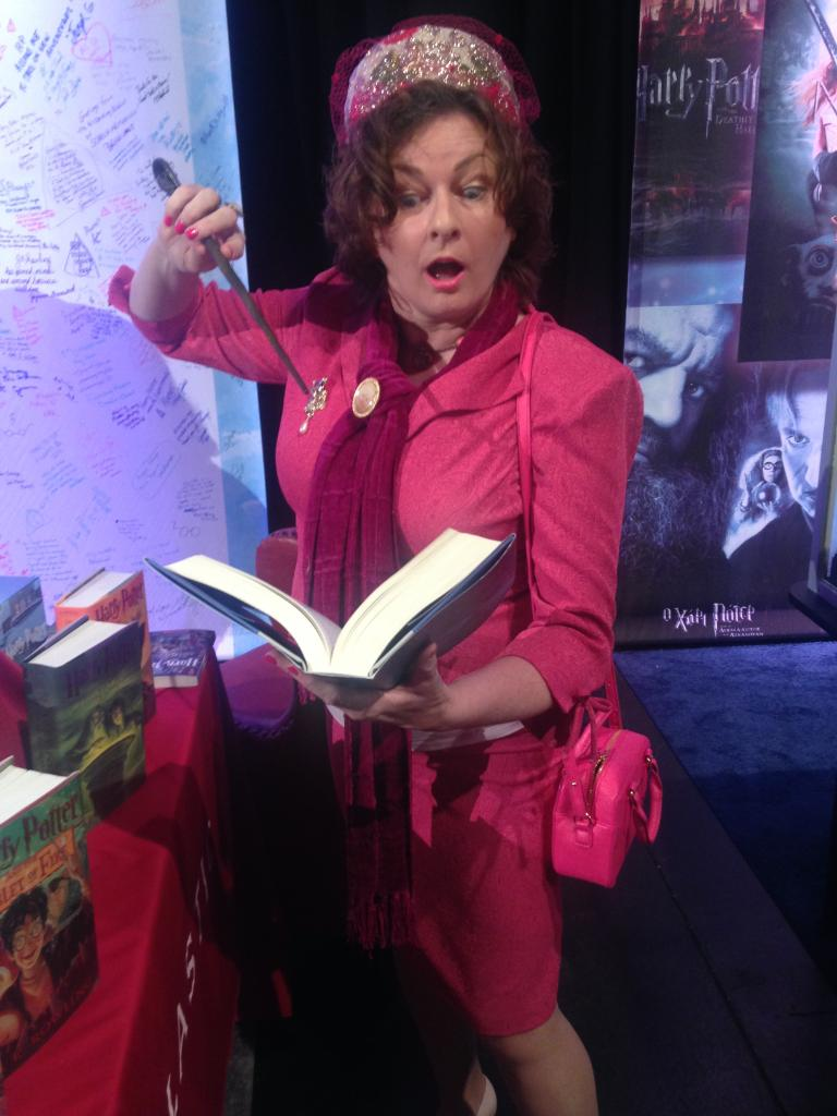 Spotted at the #hpcelebration: Dolores Umbridge! https://t.co/J5t79Hho2Y