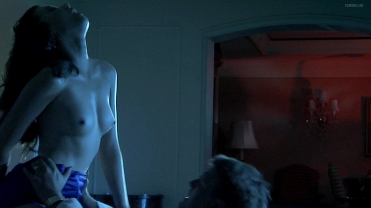Natasha Cunningham  nackt