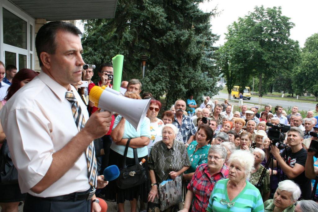 Коммунальщик в Днепропетровске требовал от участника АТО взятку в размере 2700 долларов, - Матиос - Цензор.НЕТ 965