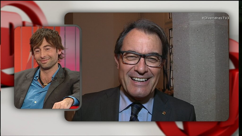 Com valora el Mas real la seva imitació del @bruno_oro, a @poloniatv3? #DivendresTV3: https://t.co/DJFJXsGZDH https://t.co/m3l5ltmnKG