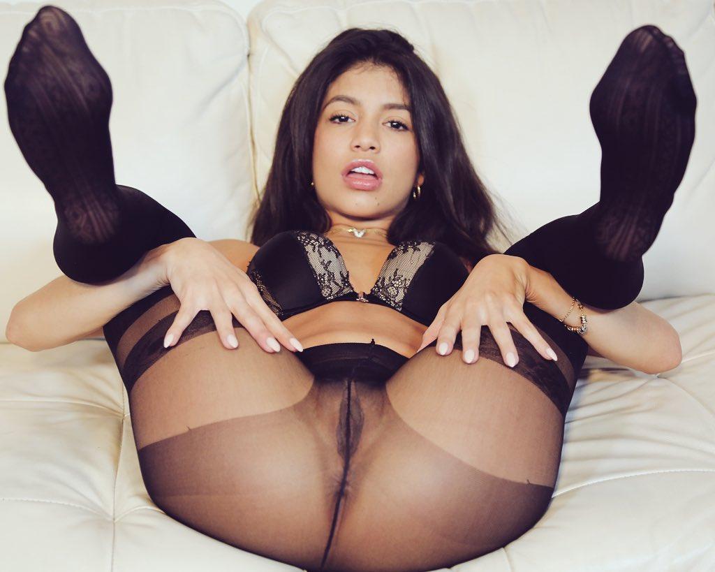 See My Pantyhose 63