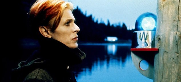 #DavidBowie stars in Nicolas Roeg's The Man Who Fell To Earth at 12.35am on @horror_channel https://t.co/lkYrvCAaVQ