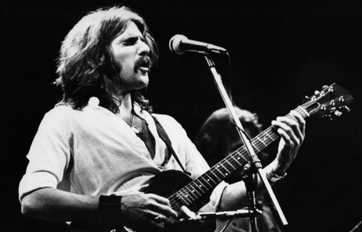 R.I.P. Glenn Frey, singer and guitarist of The Eagles dead at 67: https://t.co/PNrAKeCTod https://t.co/m4A58dP5DT