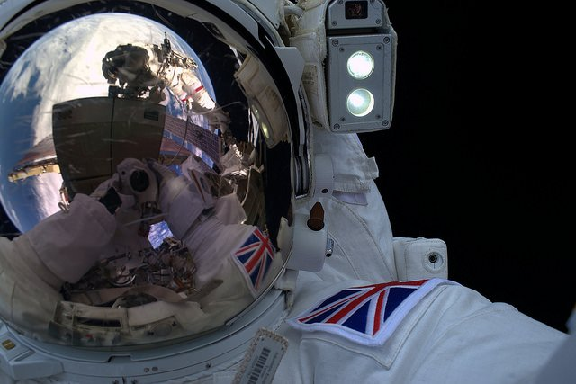 An 'out-of-this-world' selfie by @esa astronaut Tim Peake. Credit: ESA/NASA https://t.co/4NAsaZ8dP6 https://t.co/iSuXhGYRES