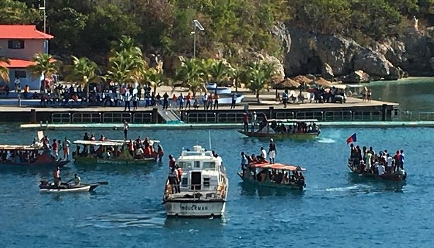 Haitians Protest at Royal Caribbean's Private Destination #Labadee #cruise #travel #Haiti https://t.co/cEkIRr4TPx https://t.co/oqeUkpoOd0