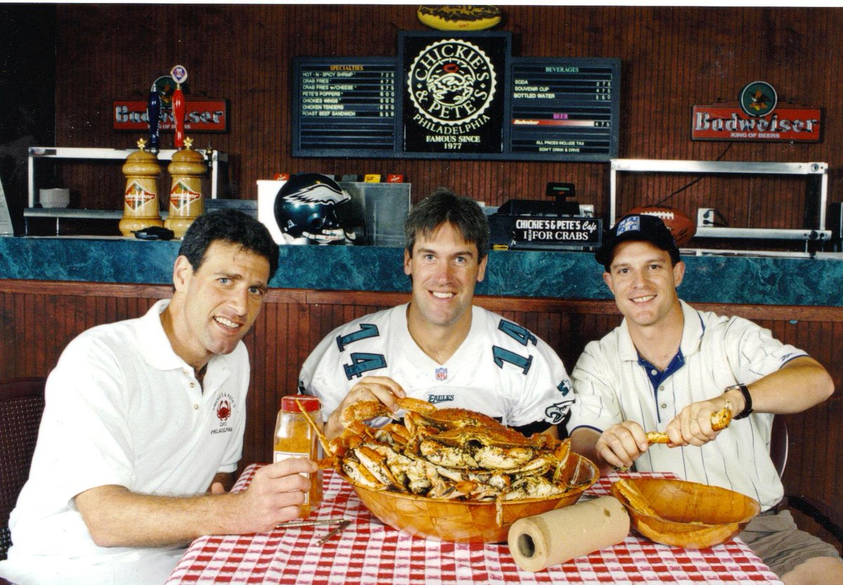 Welcome Back Doug Pederson! @davespadaro @Eagles #ChickiesandPetes #PhillyProud #Coach https://t.co/LH3P6kpaNf