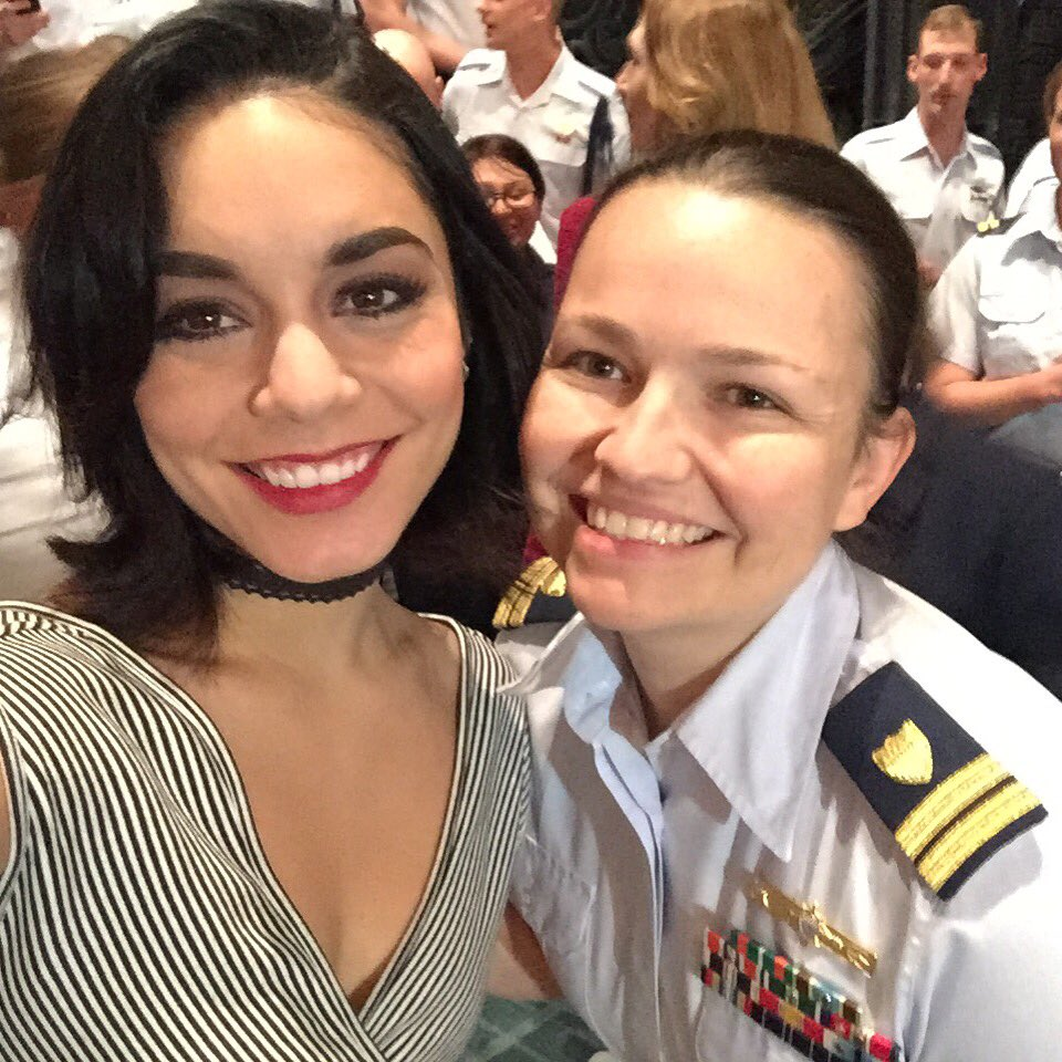 @JennyMcCarthy @VanessaHudgens Vanessa was very sweet when I meet her in her run in GiGi! Great show too! https://t.co/dCzjYfmXWB