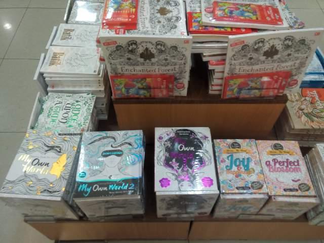 Penerbit Renebook On Twitter MyOwnWorld Coloring Book For Adults 1 2 3 Sudah Tersedia Di Gramedia Gramedmatraman Pvj28 Gramediaip