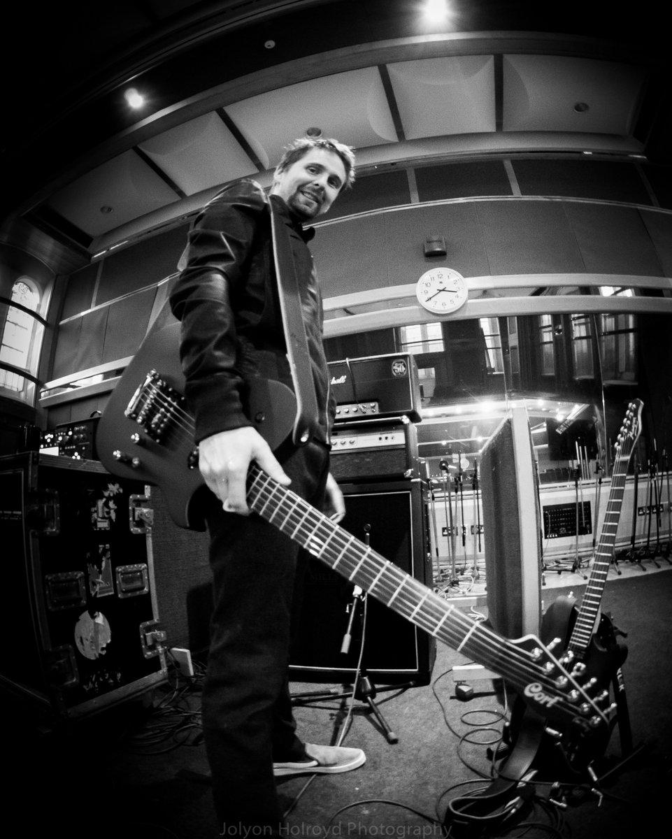 Manson Guitar Works On Twitter Matt Bellamy At Air Studios In