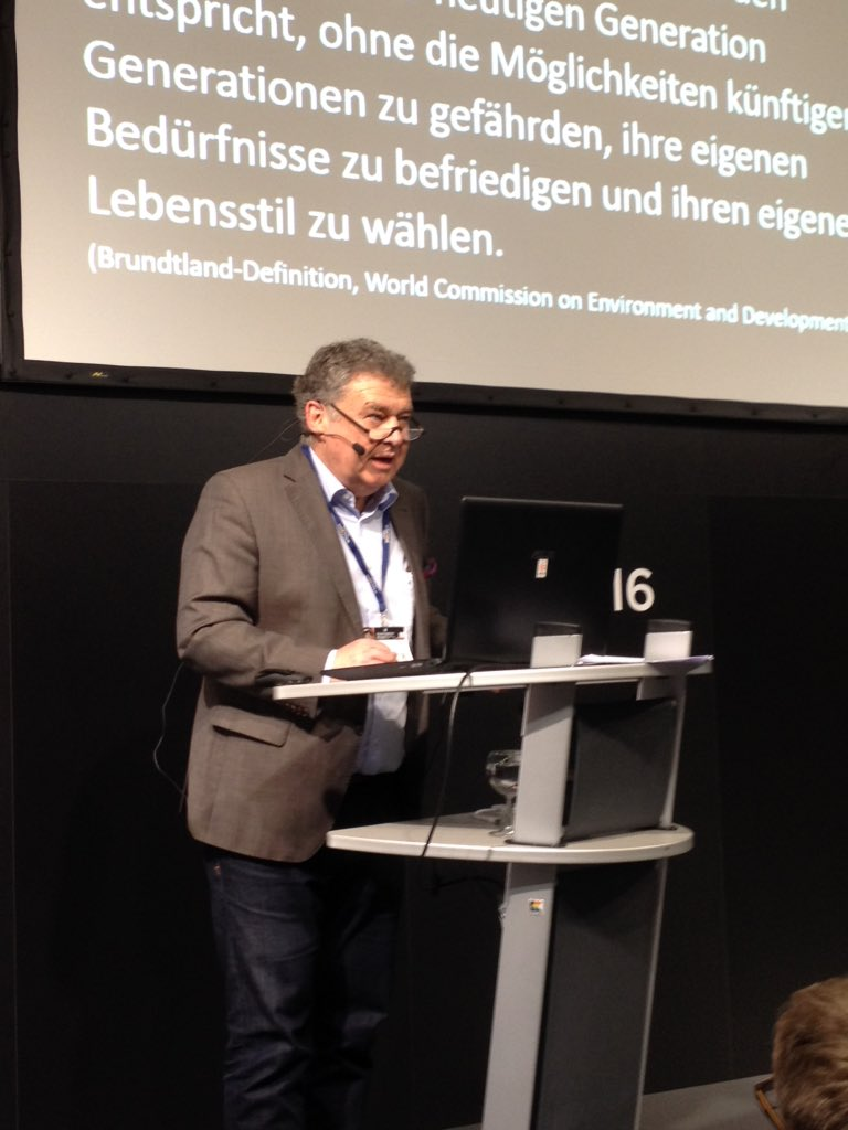 Nachhaltigkeit in der MICE Branche - interessante Präsentation von Prof. Stefan Luppold auf der #BOE16 https://t.co/gAxDCzj8OI