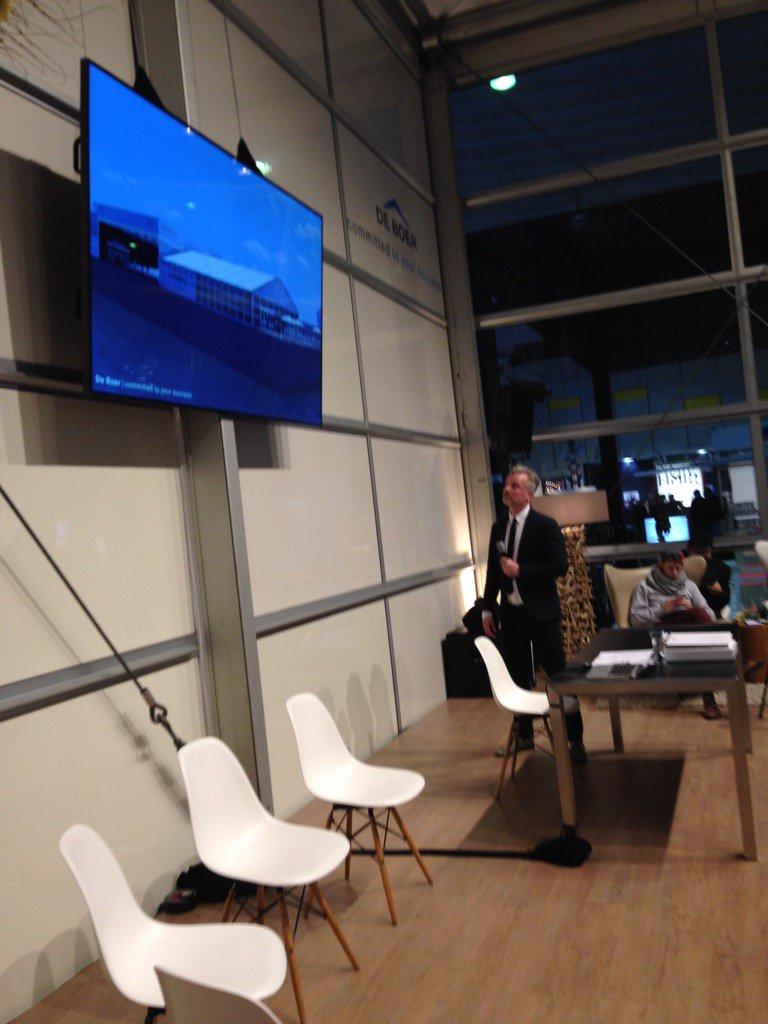 Piet-Harm Sterk presenteert APM terminal case op #BOE16 zodadelijk ronde tafel met ook @EventBrancheNL @deboerzelte https://t.co/AwfUnwvOLr