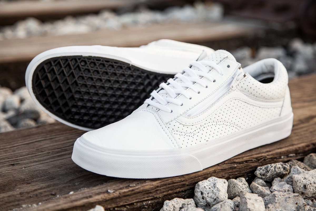 3fcad6678c7 Vans Men s Old Skool Zip - Perf Leather in true white is available in sizes  4-13 for  75 at http   bit.ly 1NktQEn .pic.twitter.com 2Uu0H9Up8u