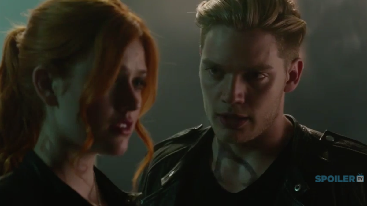 #Shadowhunters EP 1.03 Sneak Peek @ShadowhuntersTV @Kat_McNamara @FreeformTV @DomSherwood1 https://t.co/a4Xbc6s18F https://t.co/4ac5MMa16d