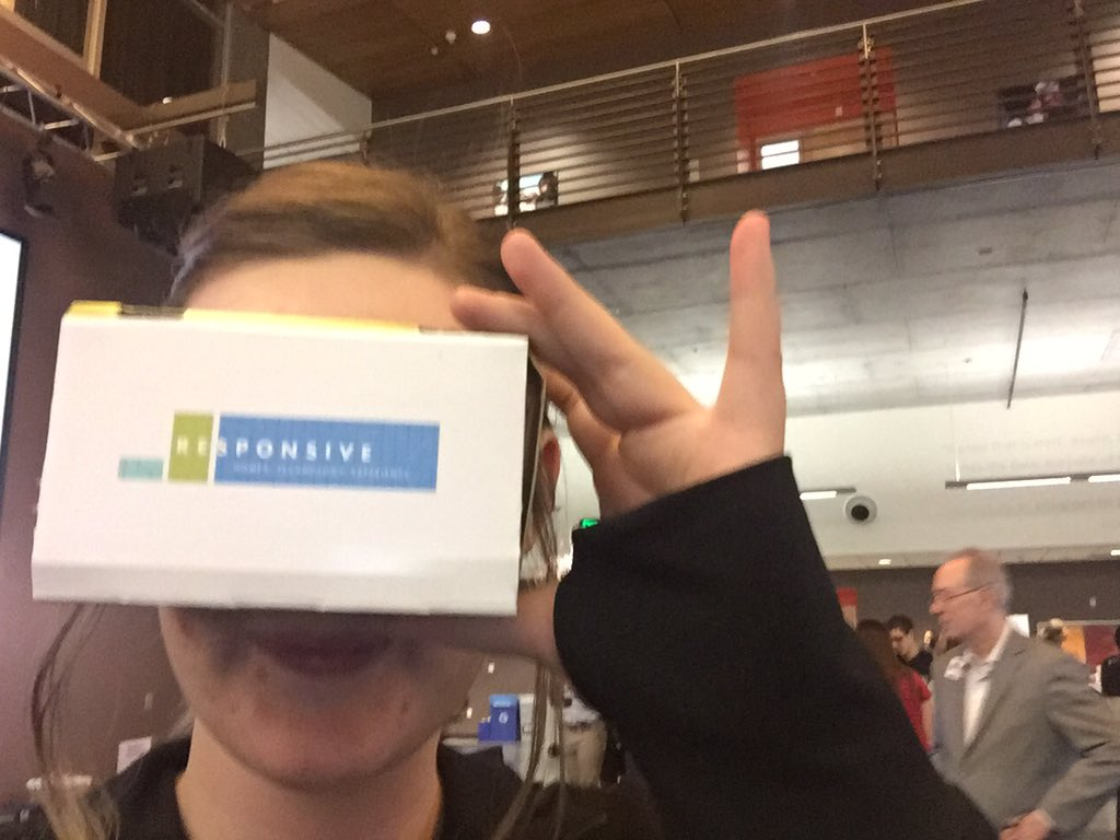 virtual reality allows you to see beautiful countries you'd never otherwise experience 😍 #cronkiteinnovation https://t.co/8oauqJOsQm