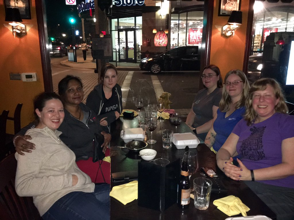 The women of #open source dinner at #scale14x .  Thanks @sarahsharp for initiating this. https://t.co/ZQk72saPU9