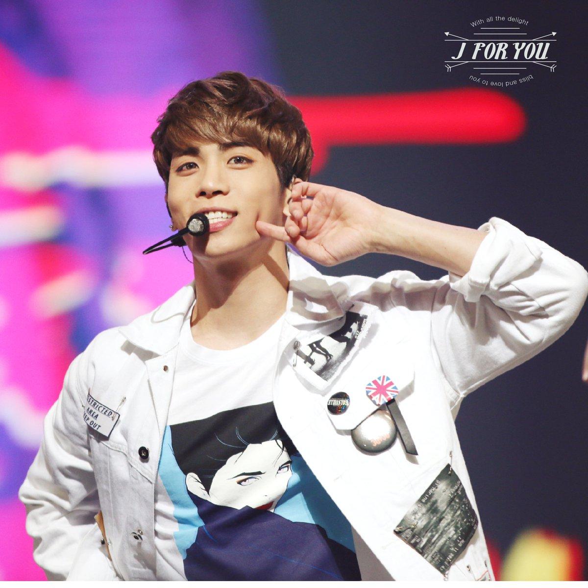 160121 Jonghyun @ 2016 Golden Disc Awars. CZP0fDGUYAAm8wW