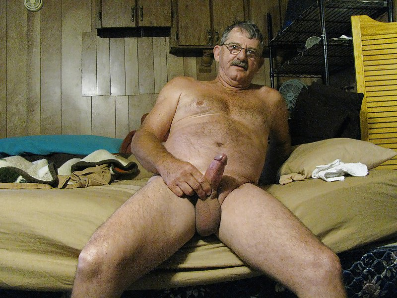 Nude sexy old men — photo 1