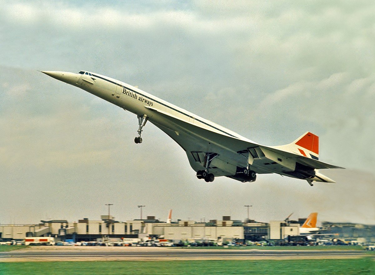 #onthisday in 1976: 1st scheduled flights of both Air France & British Airways #Concorde take off at 11:40am https://t.co/D7FMuRaPZs