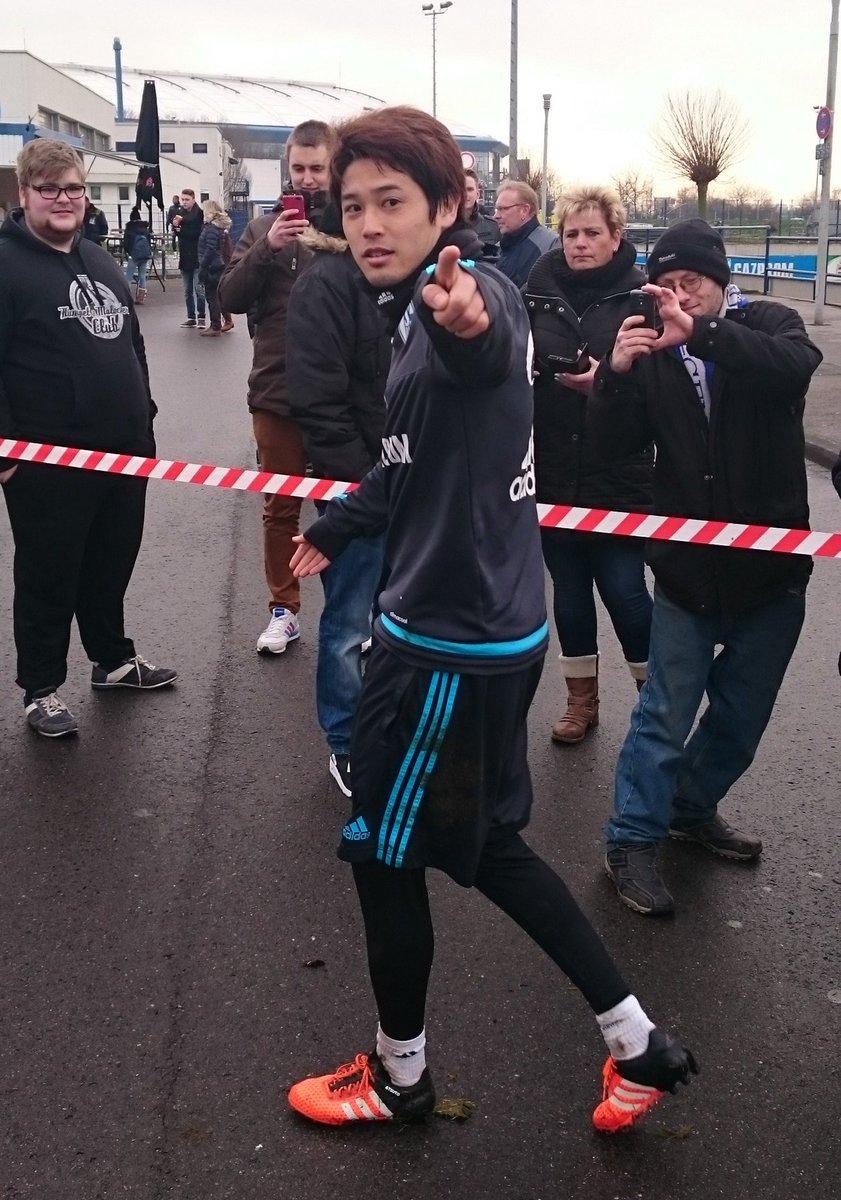Hat heute im #Schalke-Mannschaftstraining einen richtig guten Eindruck gemacht: Atsuto #Uchida! #S04 https://t.co/XDc1XDAttv