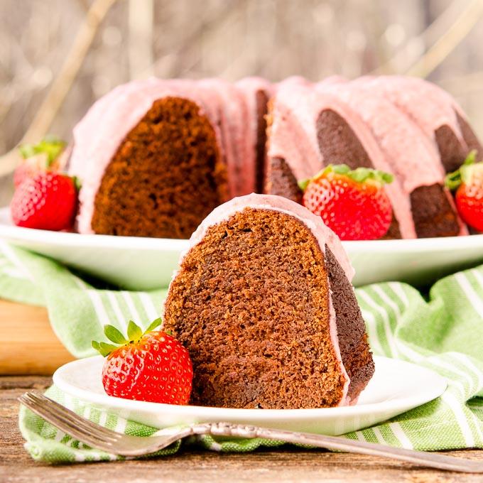 Incredible Chocolate Potato Bundt Cake with Strawberry Glaze - recipe here: https://t.co/1JxvTWNEAZ #BundtBakers https://t.co/SpbAeQLnTC