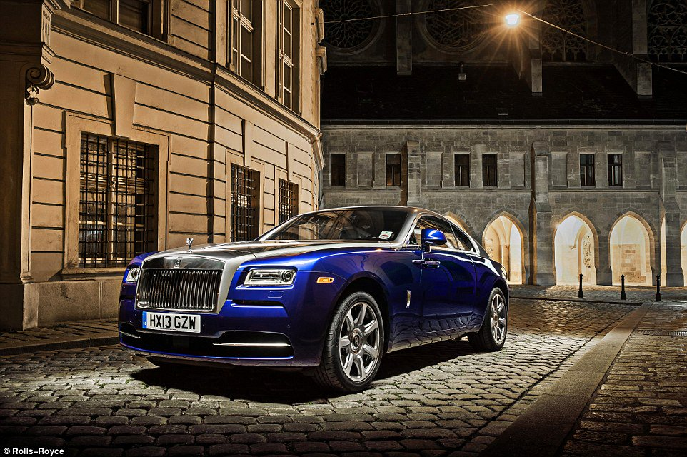 What's it like to use a £300,000 car in real-life? we test the rolls ...