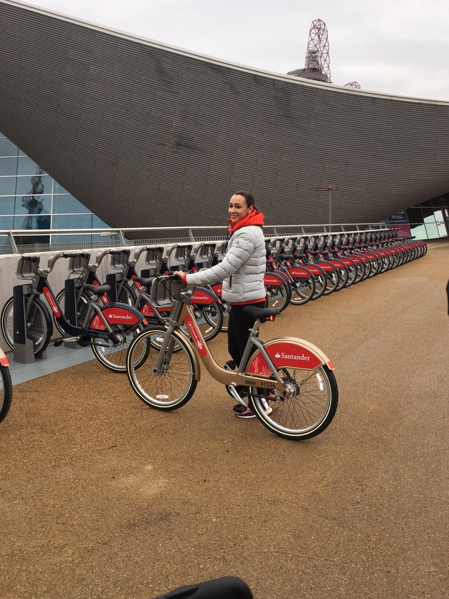 You can now follow in @J_Ennis lead & hire fantastic @SantanderCycles on @noordinarypark - https://t.co/VoziqX5Vlw https://t.co/A7yy5QDP3P