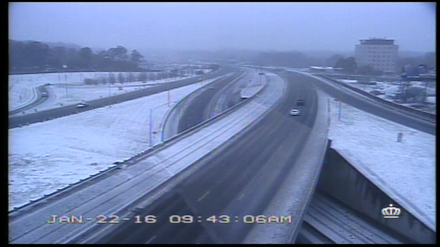 Here's what it looks like on Independence at Albemarle. #CltTraffic https://t.co/Z3wuFvDIAt