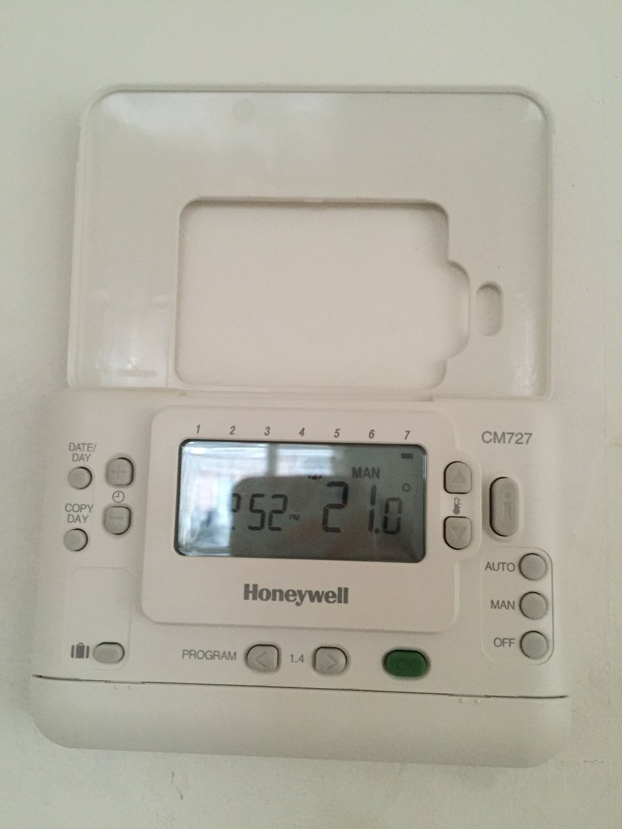 andrew webb on twitter so what sort of thermostat do you have i rh twitter com Honeywell Alarm User Manual Honeywell Digital Thermostat Manual
